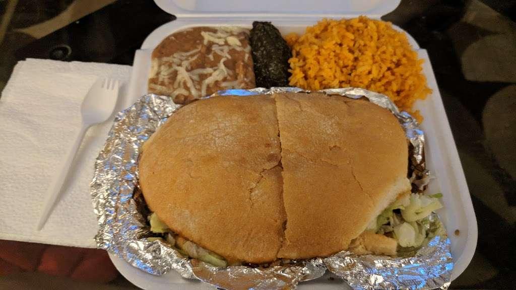 Mas Tacos - restaurant  | Photo 2 of 5 | Address: 8020 Kennedy Ave, Highland, IN 46322, USA | Phone: (219) 301-5077