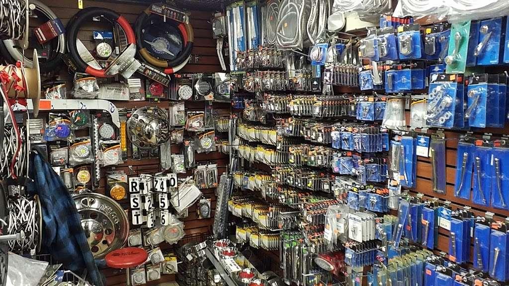 John Wayne Chrome Shop & Truck wash - car repair  | Photo 2 of 10 | Address: Greencastle, PA 17225, USA | Phone: (717) 597-1000
