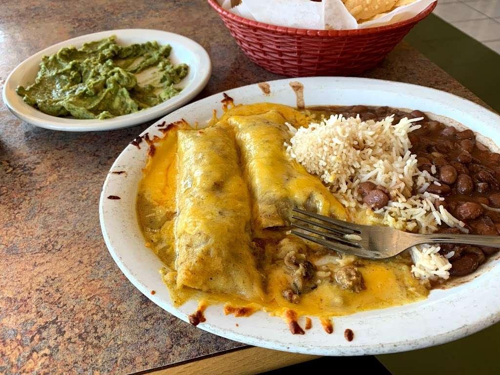 LEILAS KITCHEN - restaurant  | Photo 1 of 8 | Address: 15210 Galveston Rd, Webster, TX 77598, USA | Phone: (832) 224-9347