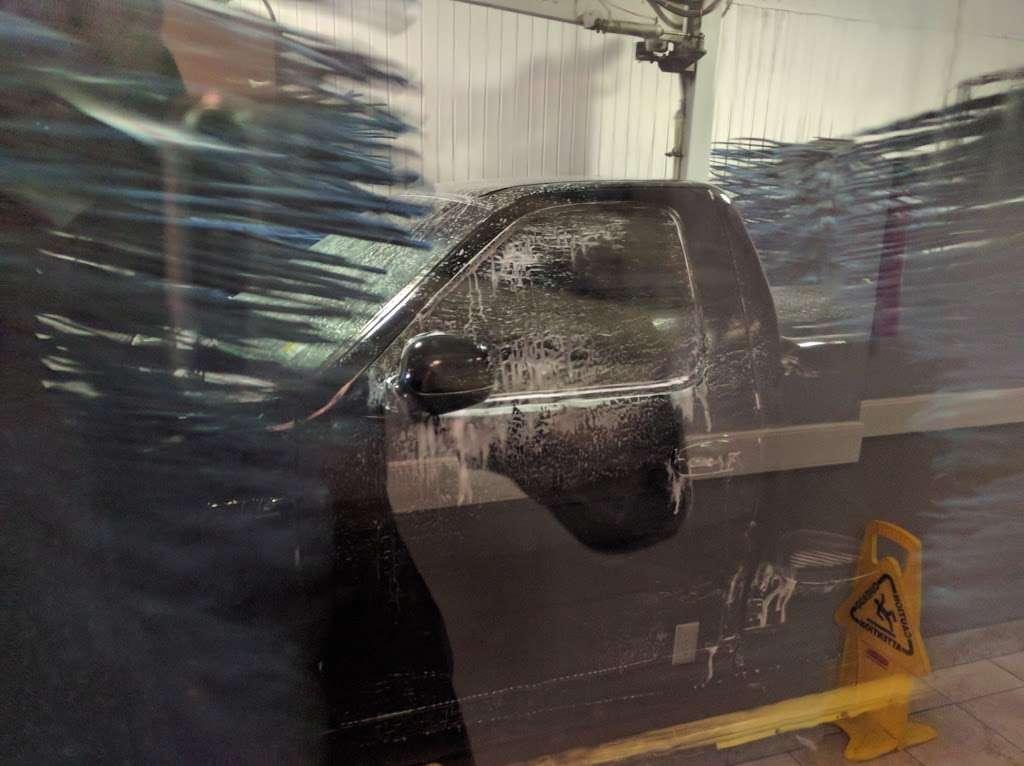 Soft Shine Car Wash - car wash    Photo 2 of 4   Address: 485 Ridge Rd, North Arlington, NJ 07031, USA   Phone: (201) 991-3629