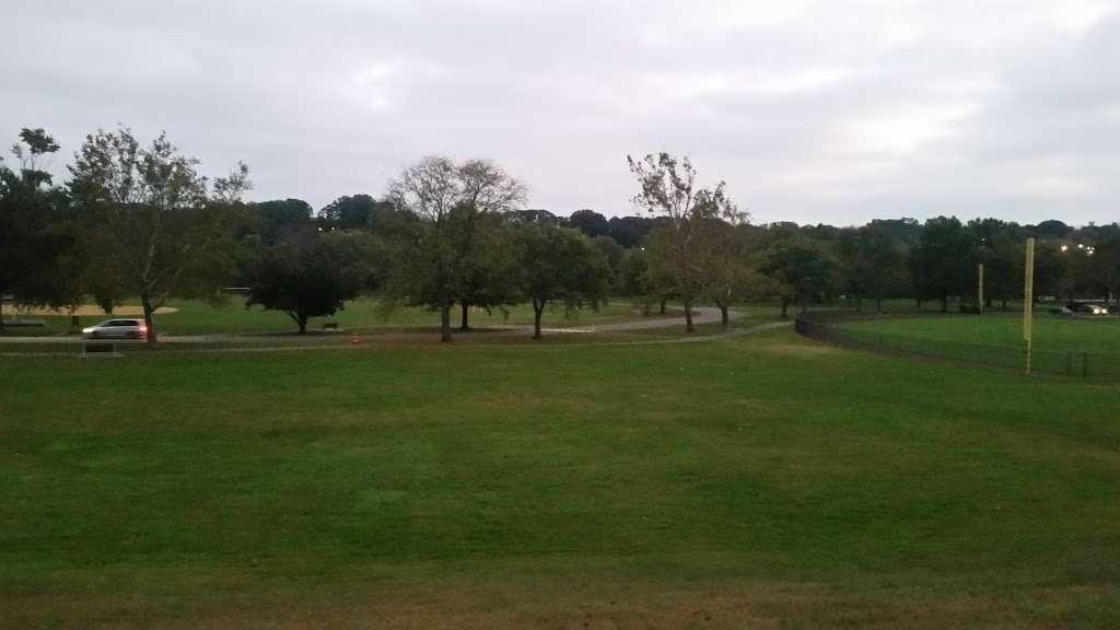 Donaldson Park - gym  | Photo 2 of 8 | Address: S 2nd Ave, Highland Park, NJ 08904, USA