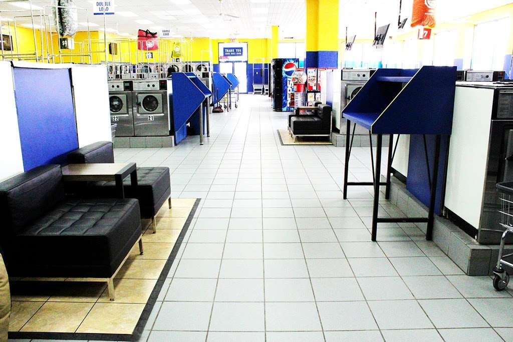 Clean Rite Center 24 HOURS - laundry  | Photo 1 of 10 | Address: 1240 E Tremont Ave, Bronx, NY 10460, USA | Phone: (718) 931-5991