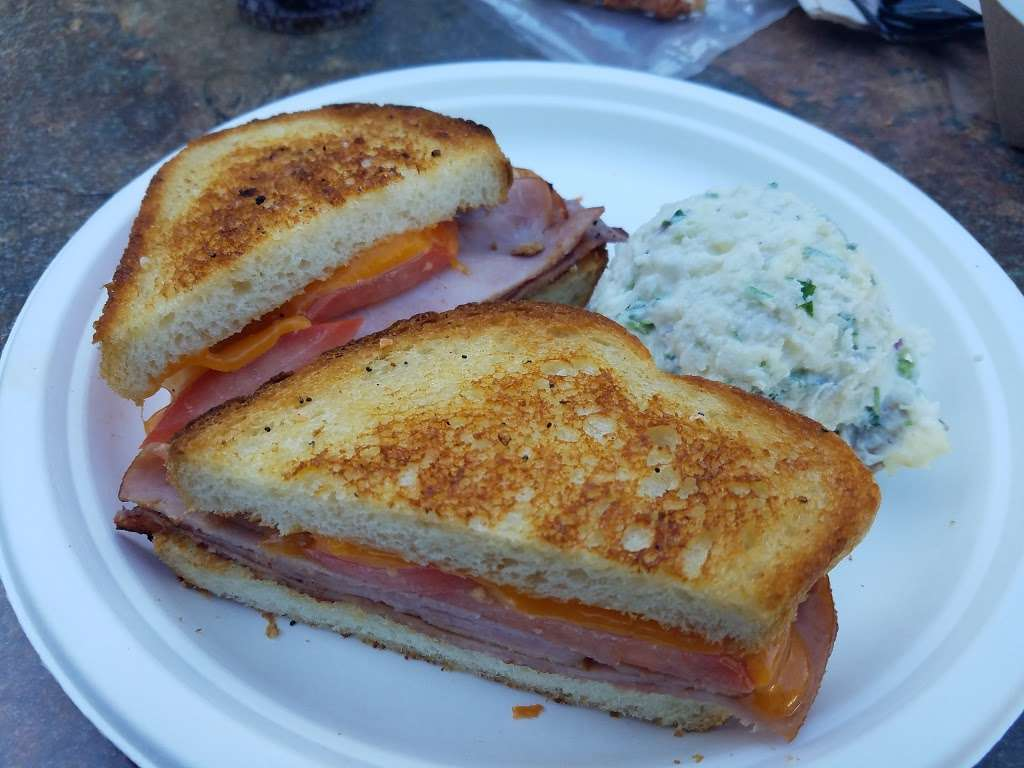 Bagels & Brew - cafe  | Photo 7 of 10 | Address: 23052 Alicia Pkwy A, Mission Viejo, CA 92692, USA | Phone: (949) 837-6977
