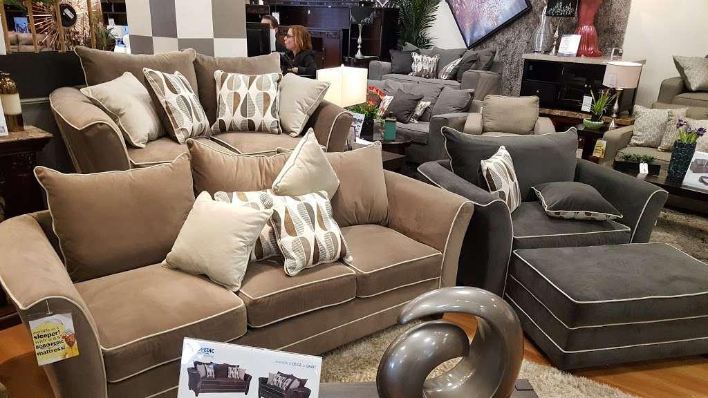 Bobs Discount Furniture - furniture store    Photo 4 of 10   Address: 2520 Flatbush Ave, Brooklyn, NY 11234, USA   Phone: (347) 415-8307