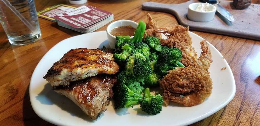 Outback Steakhouse - restaurant  | Photo 7 of 10 | Address: 1061 W Avenue P, Palmdale, CA 93551, USA | Phone: (661) 274-9607