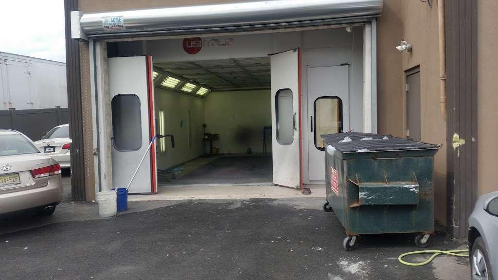 A & V Automotive - car wash  | Photo 5 of 10 | Address: 41 Romeo St, Moonachie, NJ 07074, USA | Phone: (201) 460-3900