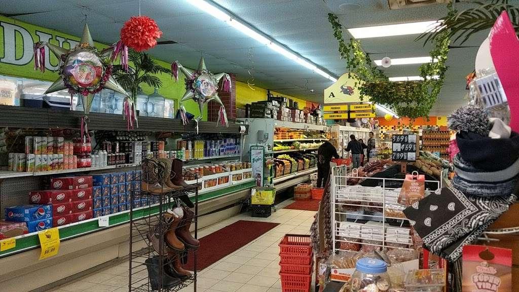 El Toro Loco - store    Photo 3 of 10   Address: 3001-3077 Taft Hwy, Bakersfield, CA 93313, USA   Phone: (661) 831-1852