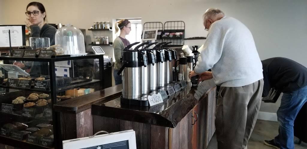 Mocha Lounge North - cafe  | Photo 5 of 9 | Address: 4635 E Dupont Rd, Fort Wayne, IN 46825, USA | Phone: (260) 449-9267
