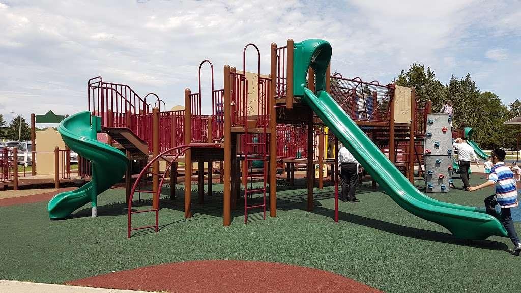 Riverwood Park Recreation - park    Photo 2 of 10   Address: Riverwood Dr, Toms River, NJ 08753, USA   Phone: (732) 341-1000