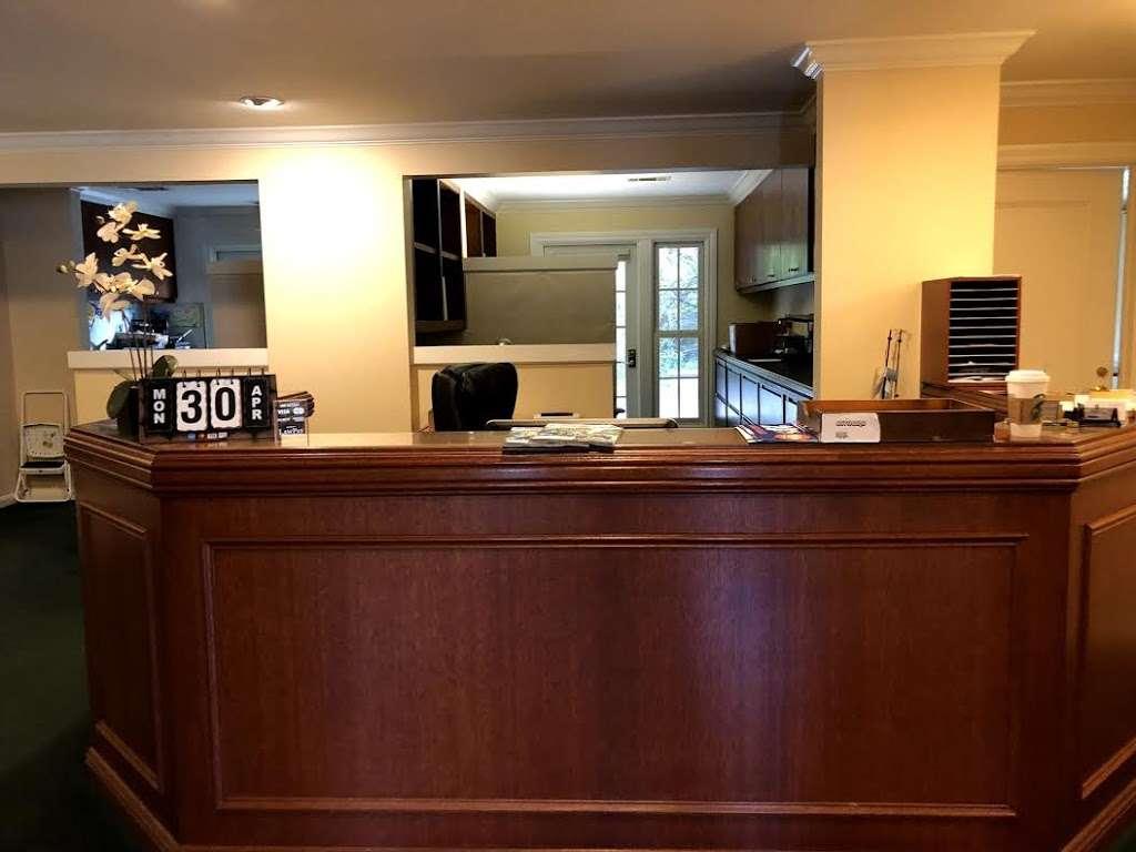 Law Office of Mujdah Rahim - A Divorce & Family Law Firm - lawyer    Photo 10 of 10   Address: 961 Ygnacio Valley Rd, Walnut Creek, CA 94596, USA   Phone: (925) 482-6431