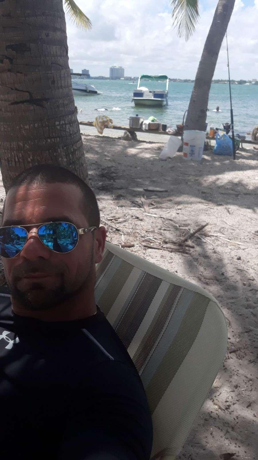 Edward K. Buckley Island - park  | Photo 8 of 10 | Address: Miami Beach, FL 33141, USA