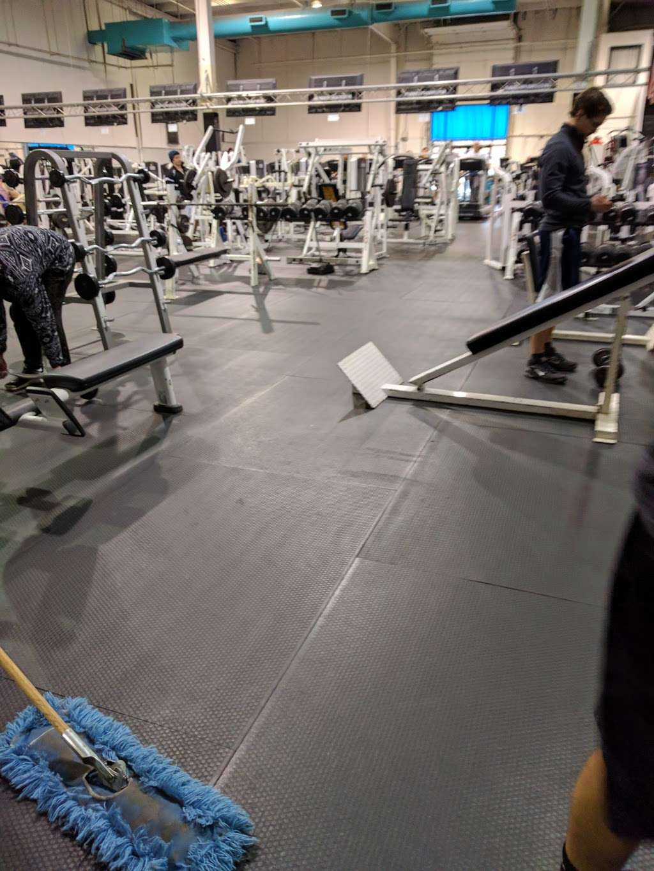 Olympus Gym & Fitness Center - health  | Photo 4 of 4 | Address: 10400 Premier Ct, Burke, VA 22015, USA | Phone: (703) 250-1001