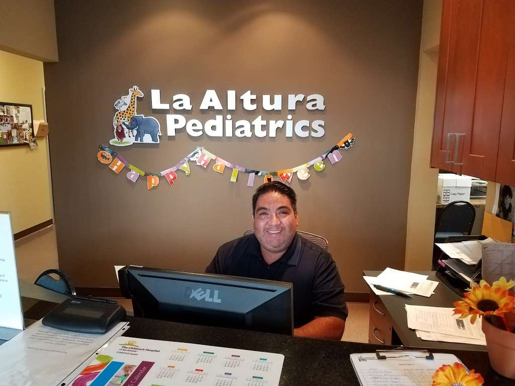 Dr. Armando D. Garza, MD - doctor  | Photo 3 of 5 | Address: 21195 I-10 #2101, San Antonio, TX 78257, USA | Phone: (210) 687-1144