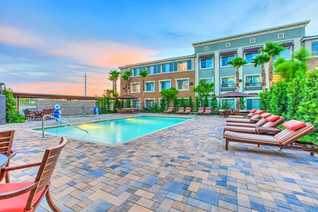 Tempo Senior Apartments - real estate agency  | Photo 2 of 10 | Address: 5625 S Hollywood Blvd, Las Vegas, NV 89122, USA | Phone: (702) 990-2771