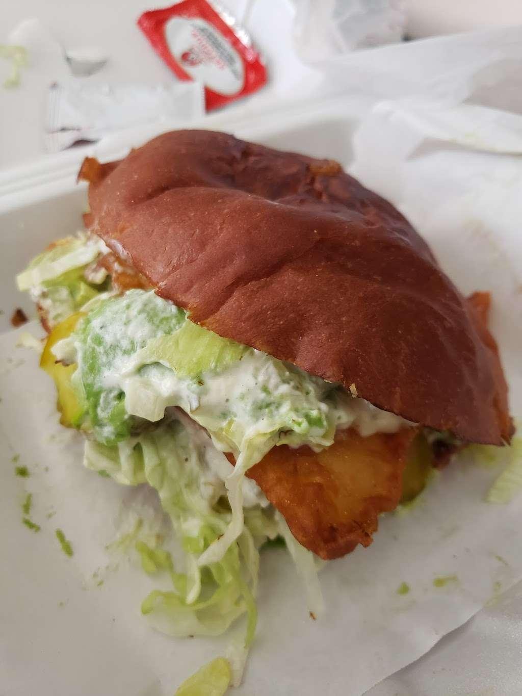 Joy Love Burgers - restaurant  | Photo 8 of 10 | Address: 13150 Farm to Market Rd 529 #101, Houston, TX 77041, USA | Phone: (281) 617-7240