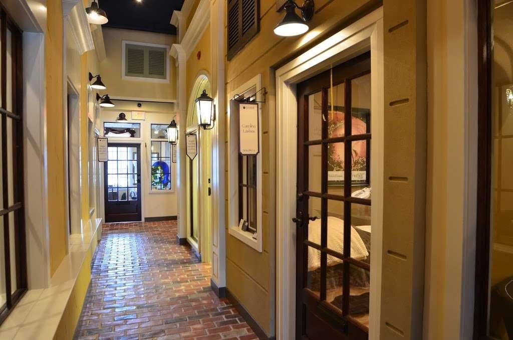 Lenox Salons - Luxury Salon Suites Huntersville, North Carolina - hair care  | Photo 1 of 10 | Address: 16623 Birkdale Commons Pkwy #130a, Huntersville, NC 28078, USA | Phone: (704) 578-2905