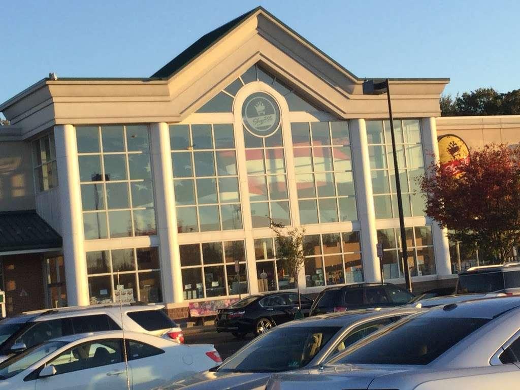 ShopRite of Hamilton Market Place - store  | Photo 2 of 10 | Address: 130 Marketplace Blvd, Hamilton Township, NJ 08691, USA | Phone: (609) 581-5823