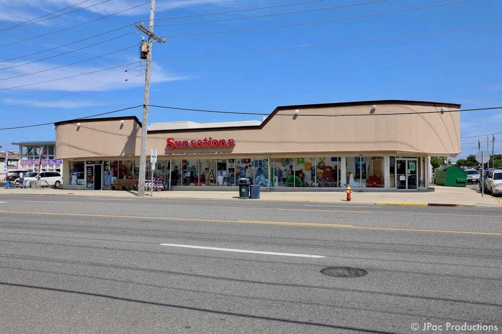 Sunsations - clothing store  | Photo 2 of 9 | Address: 2210 Long Beach Blvd, Ship Bottom, NJ 08008, USA | Phone: (609) 361-6264
