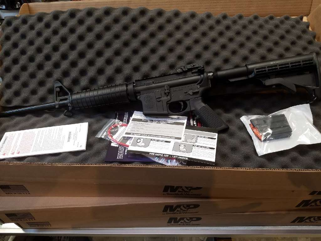 Mikes Gun Shop - store    Photo 6 of 6   Address: 355 Anderson Ave, Fairview, NJ 07022, USA   Phone: (201) 941-5661
