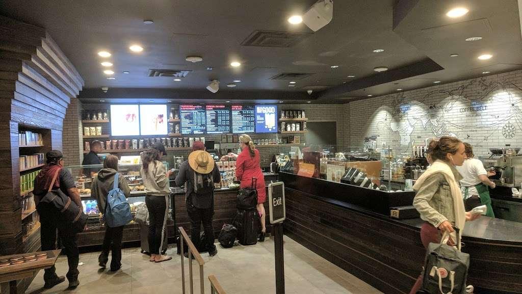 Starbucks - cafe  | Photo 8 of 10 | Address: 201 World Way, Los Angeles, CA 90045, USA | Phone: (310) 646-3472