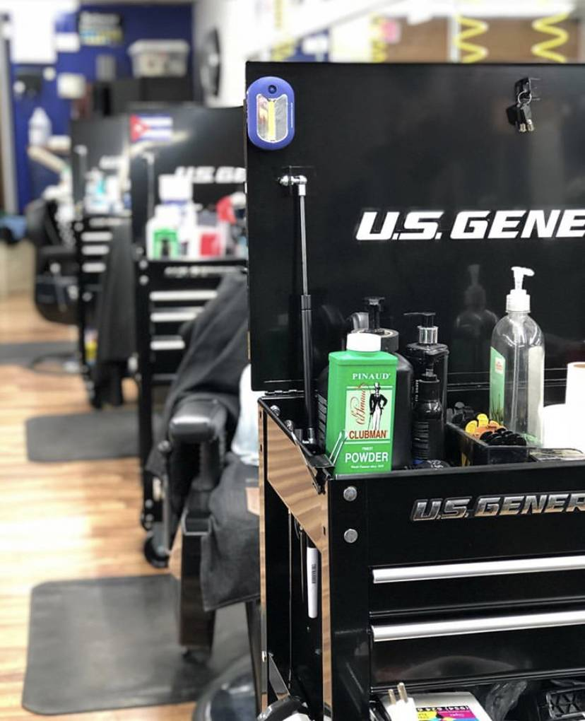 His City Barber Shop - hair care  | Photo 6 of 7 | Address: 9151 Taft St, Pembroke Pines, FL 33024, USA | Phone: (954) 367-6688