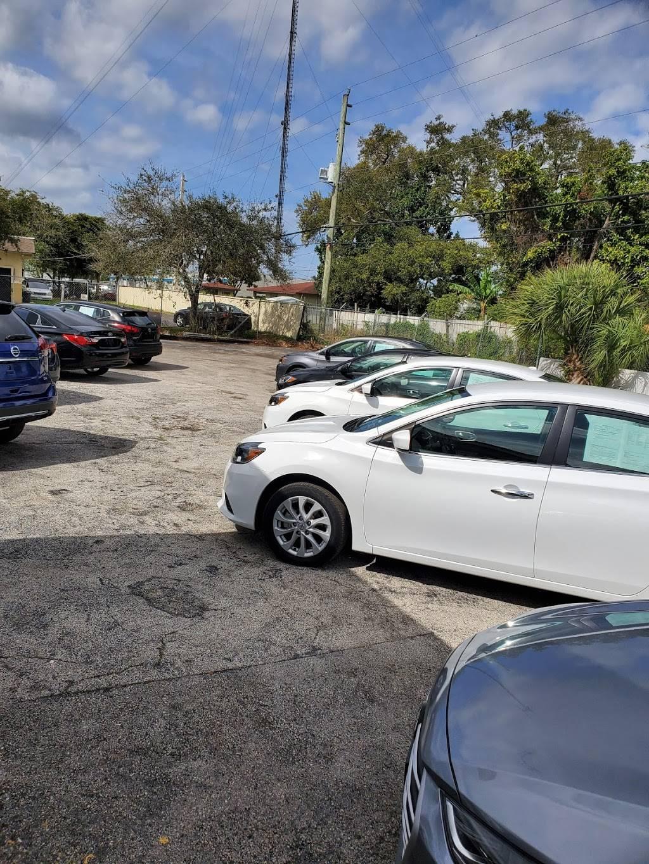 DR MOTORS - car dealer  | Photo 5 of 9 | Address: 4601 W Hallandale Beach Blvd, West Park, FL 33023, USA | Phone: (754) 281-5174