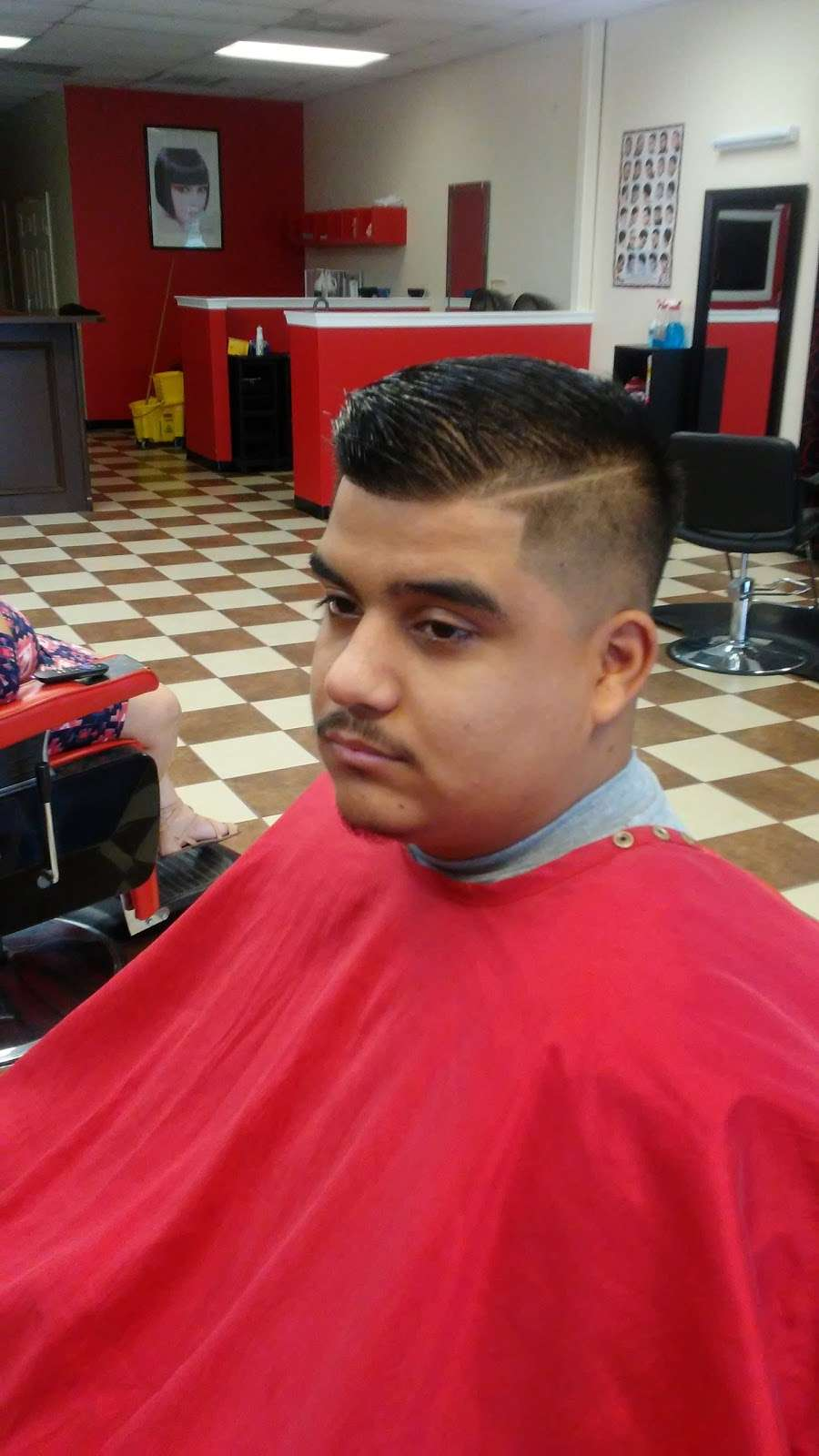 new style salon and barbershop - hair care  | Photo 8 of 10 | Address: 917 Greens Rd, Houston, TX 77060, USA | Phone: (281) 873-2121