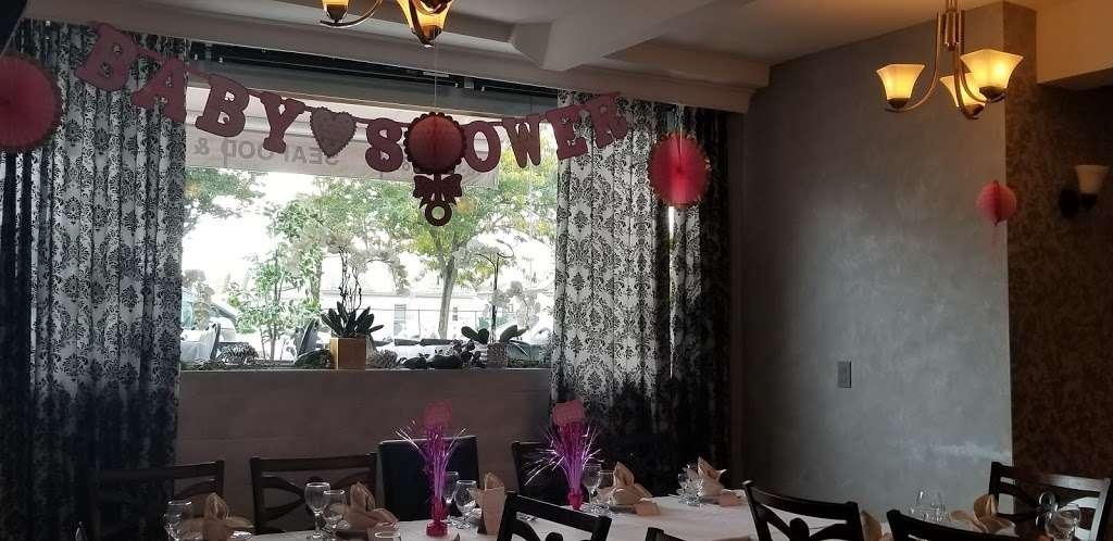 Sur La Baie - restaurant  | Photo 6 of 10 | Address: 3099 Emmons Ave, Brooklyn, NY 11235, USA | Phone: (718) 975-7787