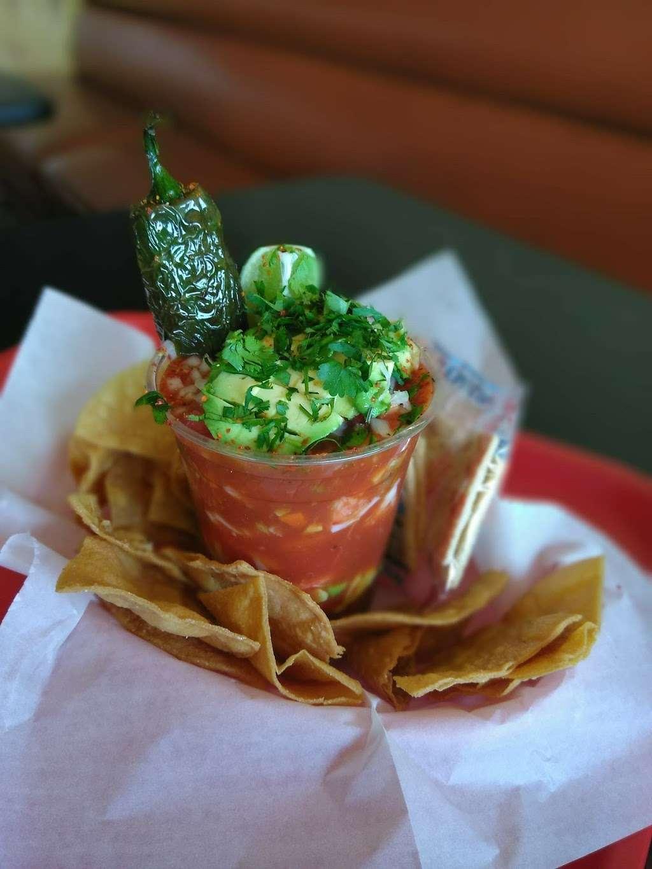 Little Joes Fresh Mex - restaurant  | Photo 8 of 10 | Address: 4171 Live Oak Ave, Arcadia, CA 91006, USA | Phone: (626) 446-5643