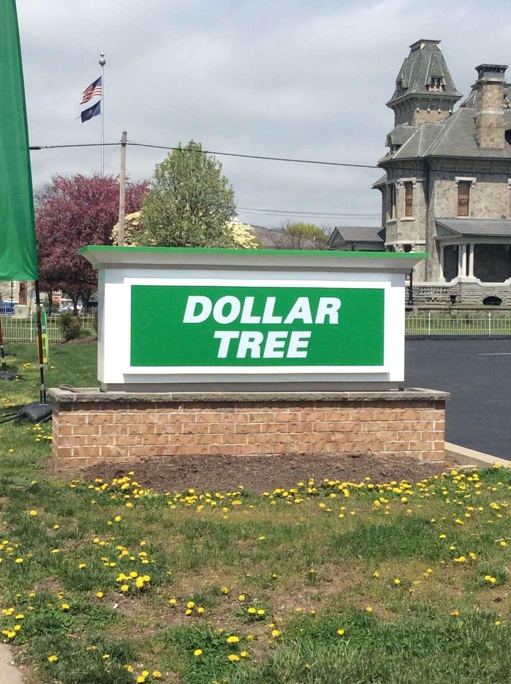 Dollar Tree - furniture store  | Photo 5 of 10 | Address: 326 N Market St, Berwick, PA 18603, USA | Phone: (570) 752-3023