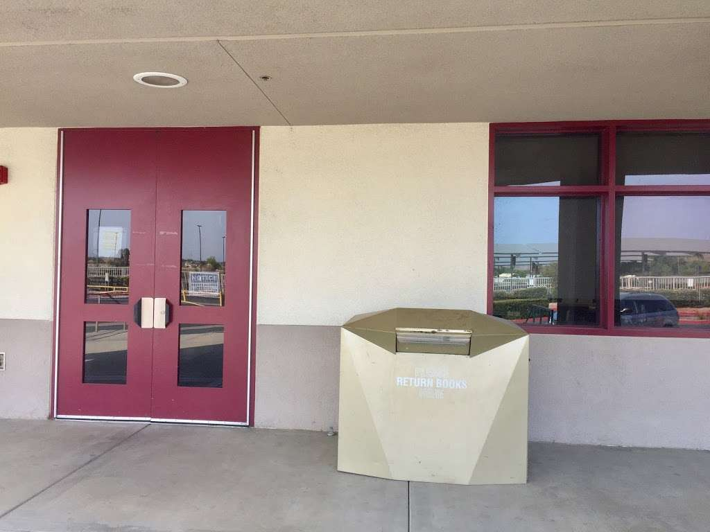 Paloma Valley Library - library  | Photo 4 of 4 | Address: 31375 Bradley Rd, Menifee, CA 92584, USA | Phone: (951) 301-3682