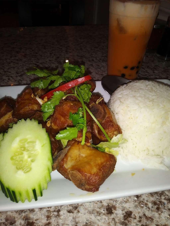 Thai House Express - restaurant  | Photo 5 of 10 | Address: 2166 S Atlantic Blvd, Monterey Park, CA 91754, USA | Phone: (323) 726-2340