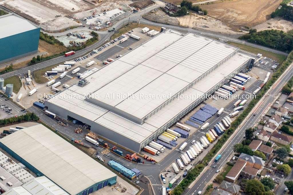 Lidl Northfleet Regional Distribution Centre (RDC) - storage  | Photo 10 of 10 | Address: Crete Hall Rd, Northfleet, Gravesend DA11 9BU, UK | Phone: 0800 977 7766