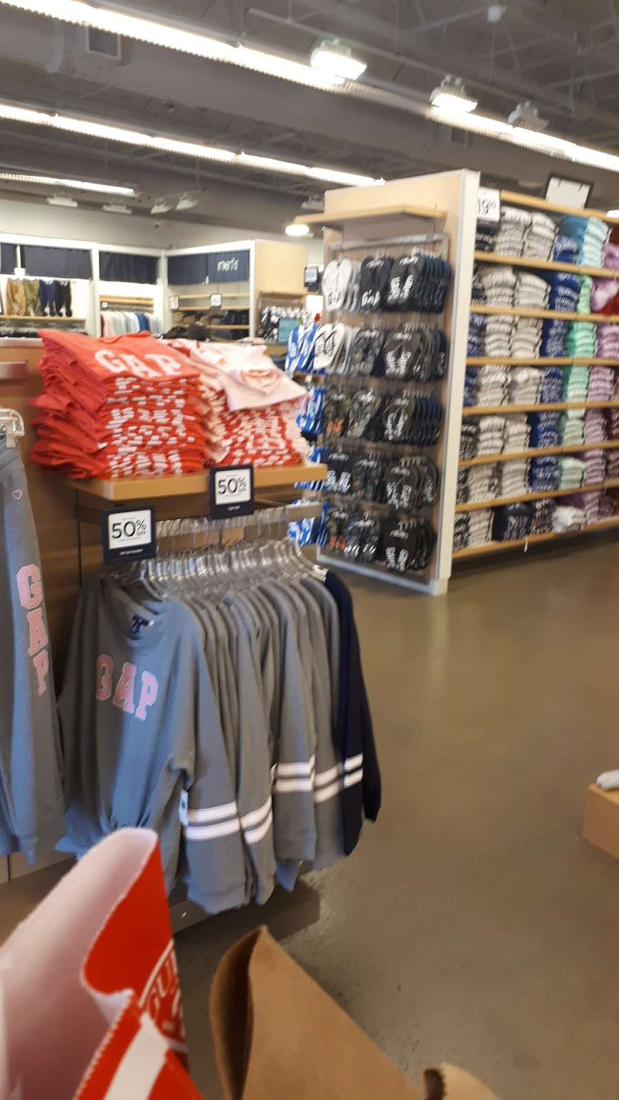 Gap Outlet - clothing store    Photo 5 of 10   Address: 17600 Collier Ave, Lake Elsinore, CA 92530, USA   Phone: (951) 245-6003