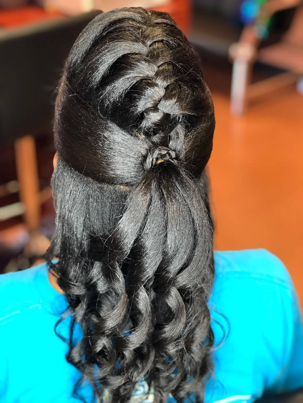 the Hair Scholars Salon - hair care  | Photo 1 of 8 | Address: 6017 Mableton Pkwy SW, Mableton, GA 30126, USA | Phone: (678) 437-5475