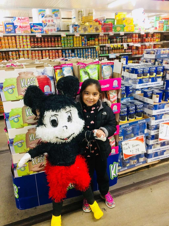 El Mercado De La Ocho - supermarket    Photo 10 of 10   Address: 100 8th St, Passaic, NJ 07055, USA   Phone: (973) 470-8737