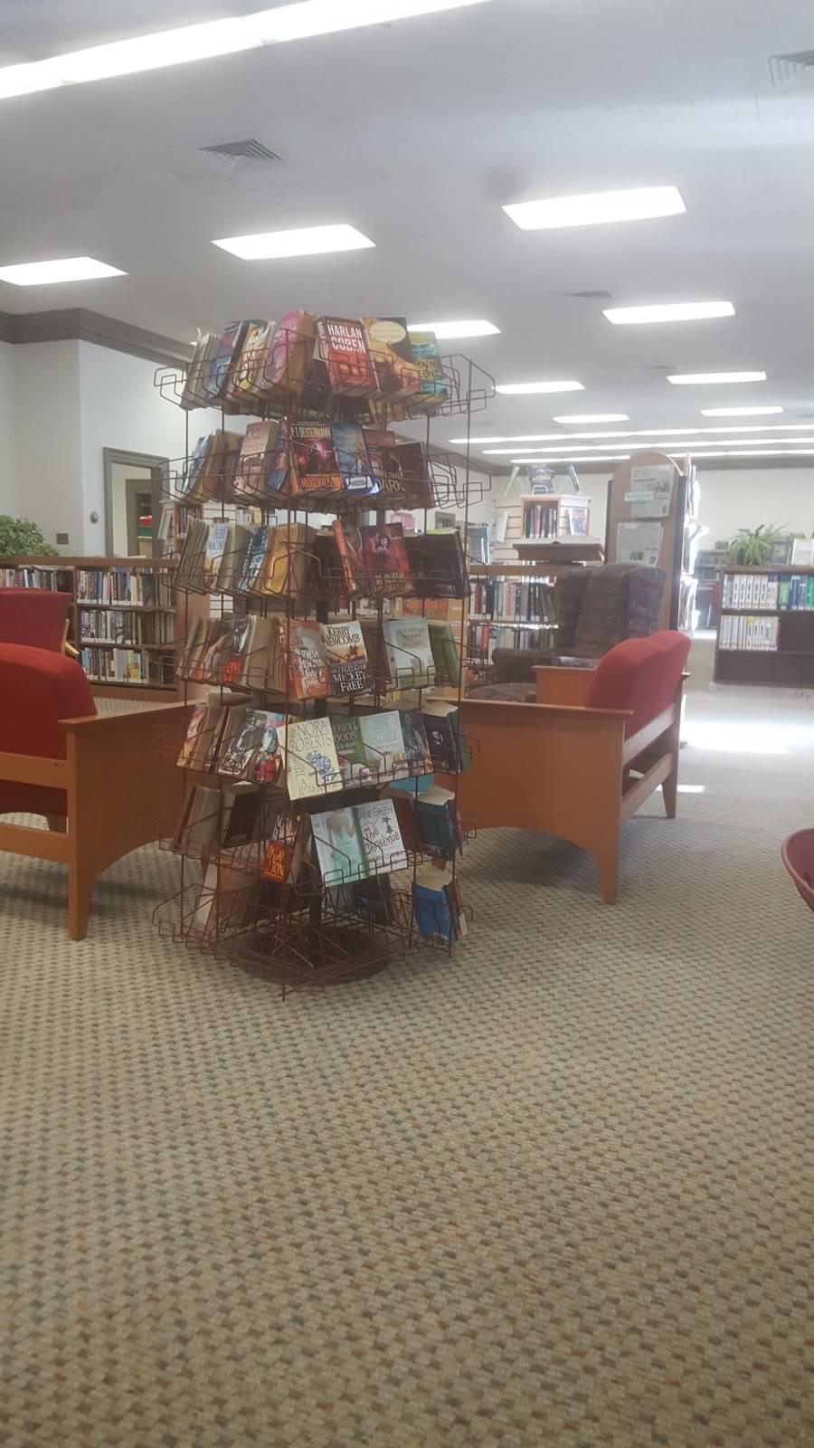 Norfolk Public Library: Larchmont Branch - library  | Photo 3 of 4 | Address: 6525 Hampton Blvd, Norfolk, VA 23508, USA | Phone: (757) 441-5335