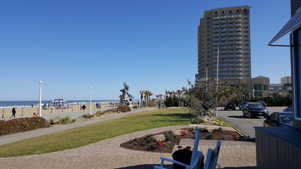 North Beach Bar & Grill - restaurant  | Photo 8 of 9 | Address: 3107 Atlantic Ave, Virginia Beach, VA 23451, USA | Phone: (757) 491-1800