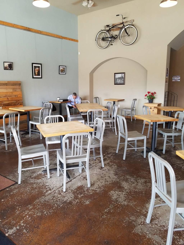 Cafe Bella Coffee - cafe  | Photo 7 of 10 | Address: 2115 Golf Course Rd SE #102, Rio Rancho, NM 87124, USA | Phone: (505) 994-9436