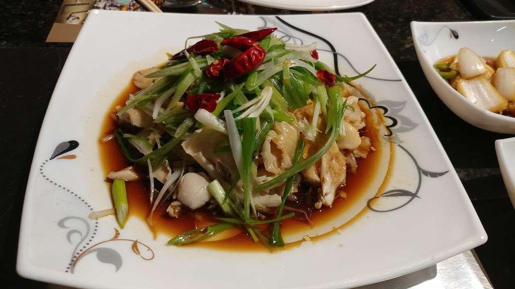 Xi Top BBQ - restaurant  | Photo 1 of 10 | Address: 40-30 149th Pl, Flushing, NY 11354, USA | Phone: (917) 285-2790
