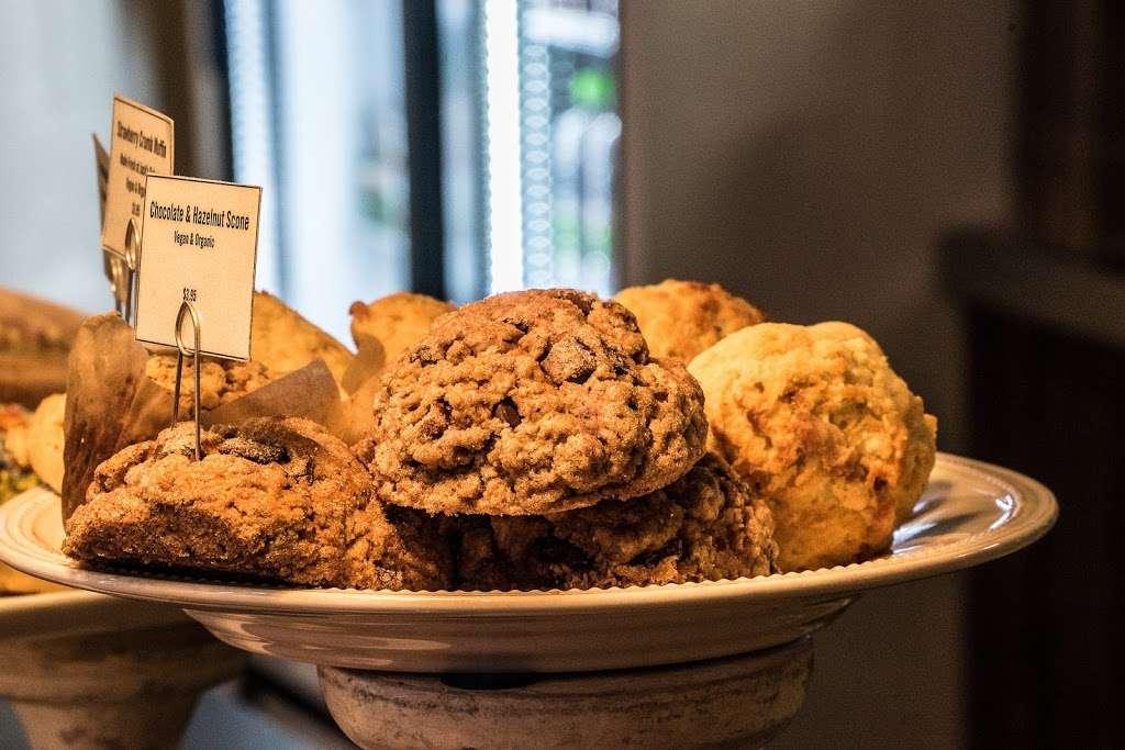 Jack's Stir Brew Coffee - cafe  | Photo 7 of 10 | Address: 222 Front St, New York, NY 10038, USA | Phone: (212) 227-7631