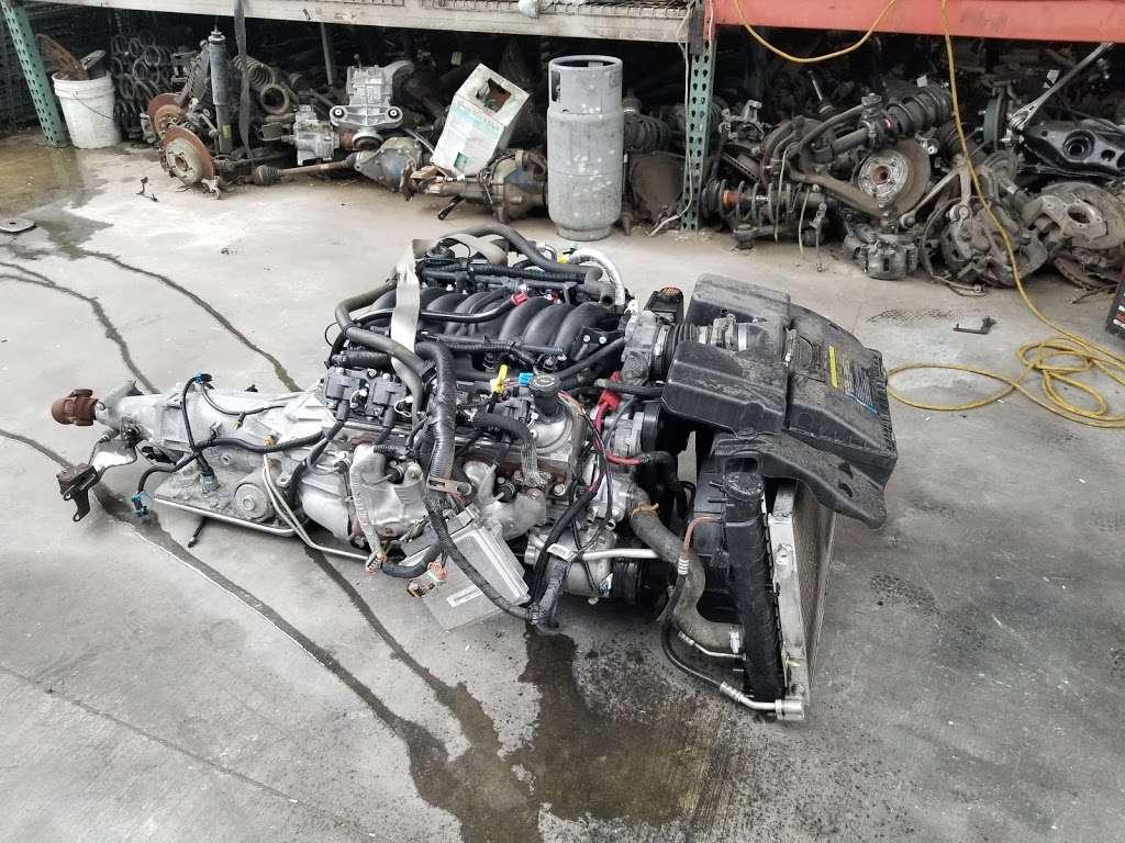 SRT AUTO WRECKING - car repair  | Photo 3 of 10 | Address: 15614 Arrow Route unit b, Fontana, CA 92335, USA | Phone: (909) 346-0004
