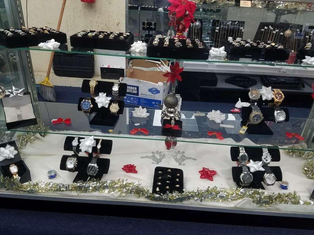 EZ Pawn Corp - jewelry store  | Photo 6 of 10 | Address: 2506 Flatbush Ave, Brooklyn, NY 11234, USA | Phone: (718) 377-7296