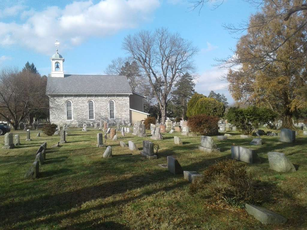 Baptist Church in the Great Valley - cemetery    Photo 9 of 10   Address: 945 N Valley Forge Rd, Devon, PA 19333, USA   Phone: (610) 688-5445