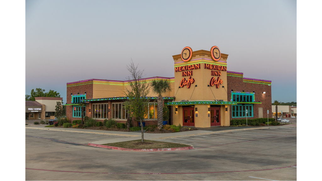 Mexican Inn Cafe - restaurant  | Photo 1 of 9 | Address: 1400 Airport Fwy, Bedford, TX 76022, USA | Phone: (817) 545-4700