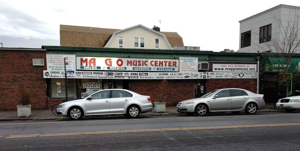 Maggio Music School - electronics store    Photo 1 of 10   Address: 8403 18th Ave, Brooklyn, NY 11214, USA   Phone: (718) 259-4468