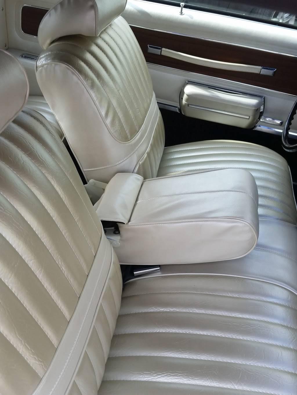 A1 Auto Seat Cover - car repair    Photo 3 of 7   Address: 7175 N Waterway Dr, Miami, FL 33155, USA   Phone: (305) 261-7410