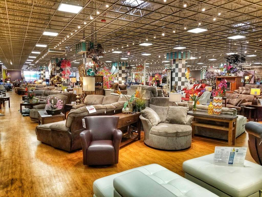 Bob S Discount Furniture And Mattress Store Furniture Store 545