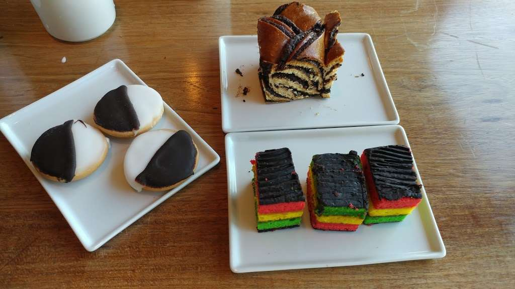 Lox Cafe - restaurant  | Photo 10 of 10 | Address: 2, 36 Battery Pl, New York, NY 10280, USA | Phone: (646) 437-4231