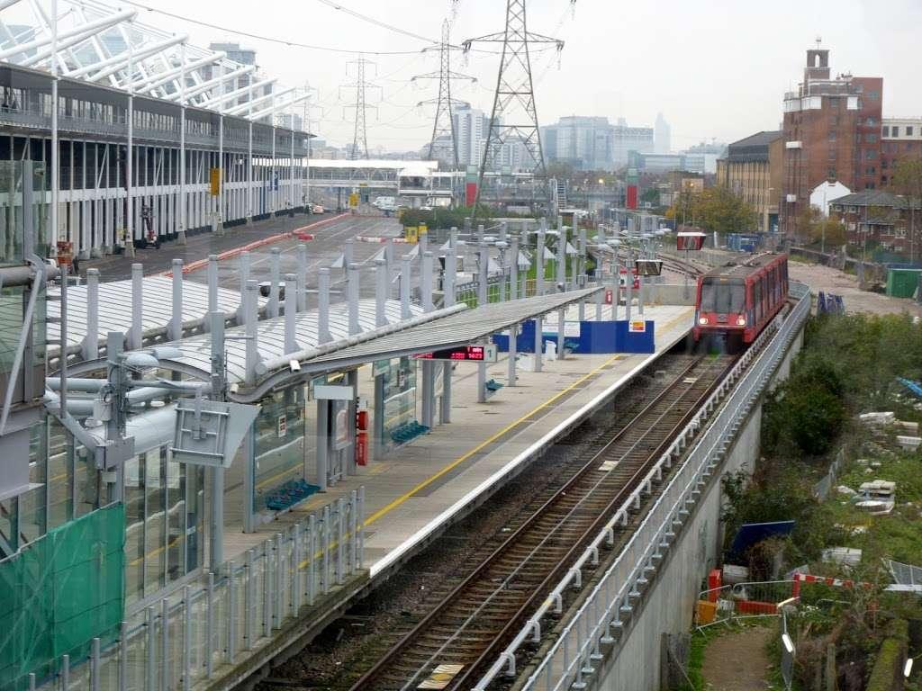 Prince Regent - train station    Photo 1 of 10   Address: Victoria Dock Rd, London E16 3DB, UK   Phone: 0343 222 1234